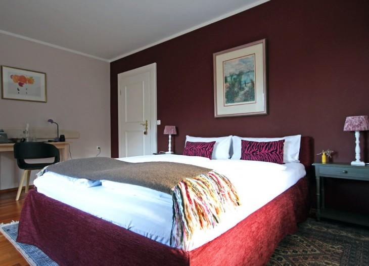 Gästehaus Kaiser in Schliersee - Rotes Zimmer